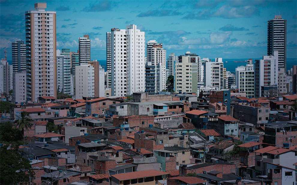 5039c96c8 Pobreza e desigualdade aumentaram nos últimos 4 anos no Brasil ...
